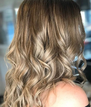 BALAYAGE-TOP-HAIR-SALON-IN-NORTHAMPTON