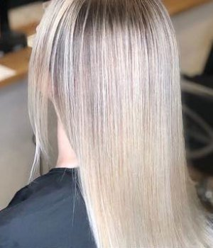 Blonde aurora-hairdressing-northampton