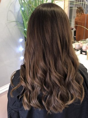 GLOSSY-BRUNETTE-HAIR-COLOUR-AURORA-HAIRDRESSING-NORTHAMPTON