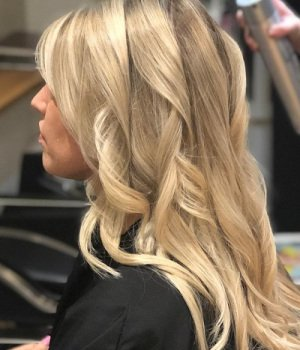 BLONDE-HAIR-COLOUR-AURORA-HAIR-SALON-NORTHAMPTON